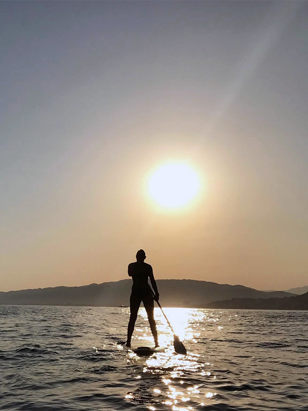 location-stand-up-paddle-coucher-soleil